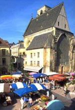 france holiday house Sarlat market